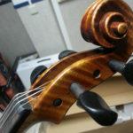 Clavijero violin