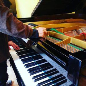 afinacion-piano-de-cola