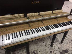 revision-piano-de-cola-kawai