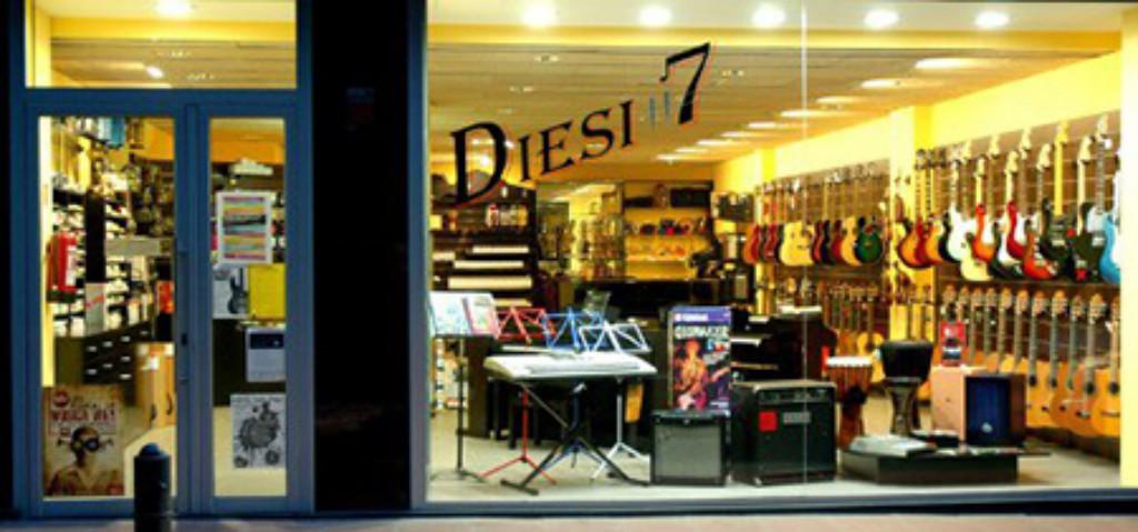 Diesi 7, tienda de instrumentos musicales en Vic