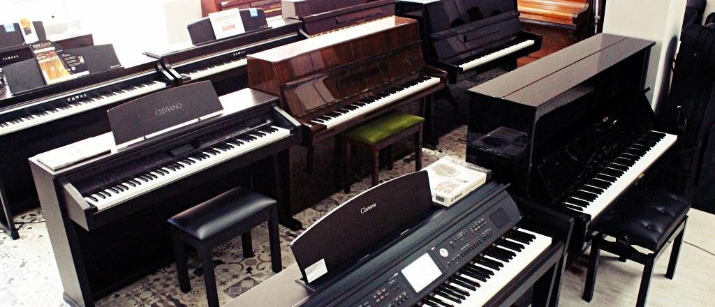 Gran exposición de pianos digitales en Musical Mataró, tienda de instrumentos musicales en Mataró